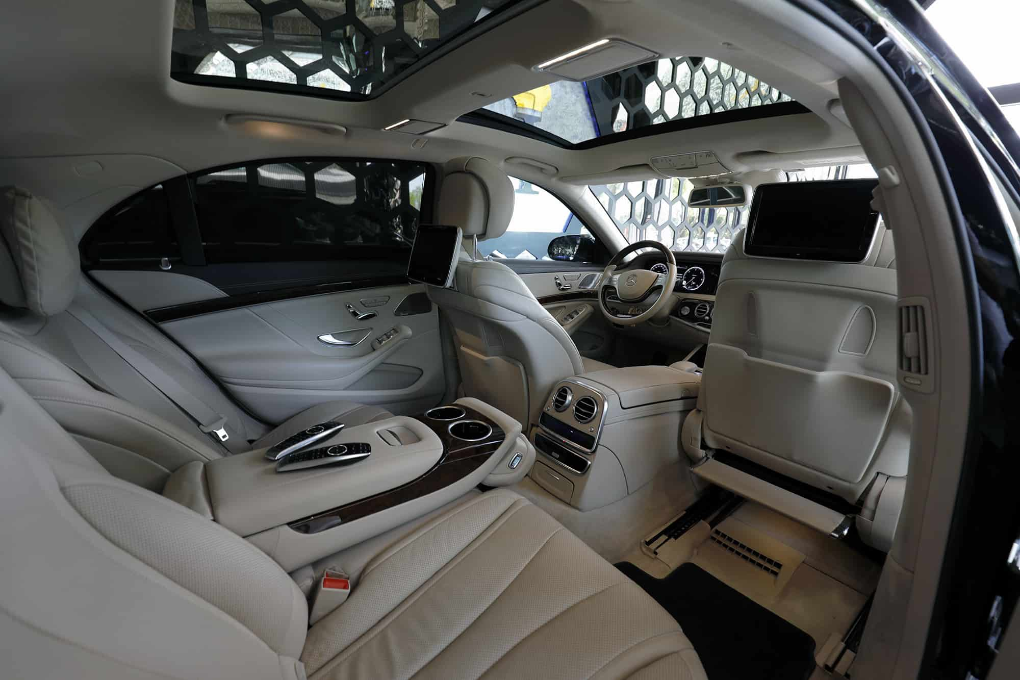 Mercedes Benz S 350 (S 65 AMG Package)